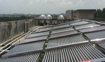 重庆木雅商务宾馆---宾馆太阳能热水器